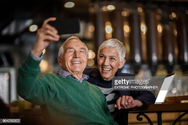 Älteres Paar in Coffee-shop