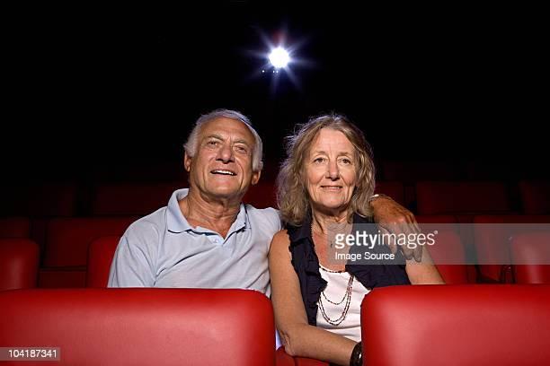 couple âgé de cinéma