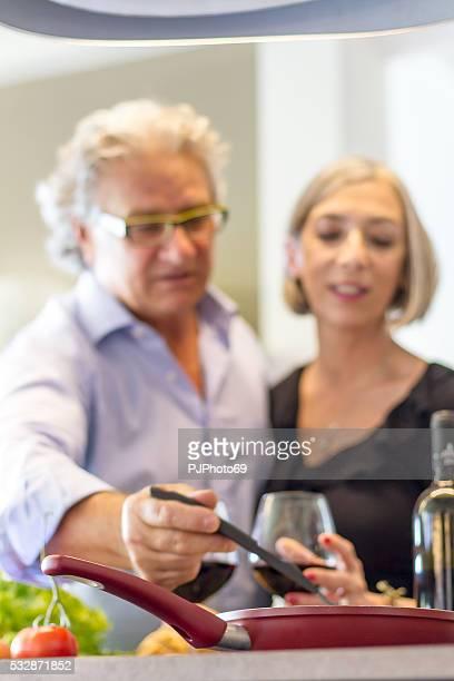 Senior Paar in der Küche