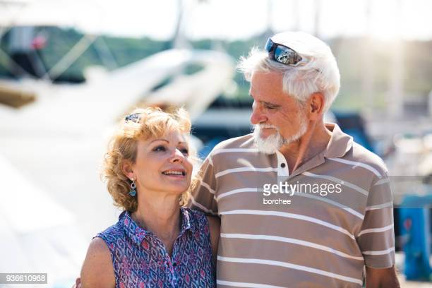 Altes Paar im Urlaub