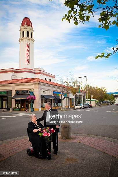 senior couple out on the town - kent washington state stock pictures, royalty-free photos & images