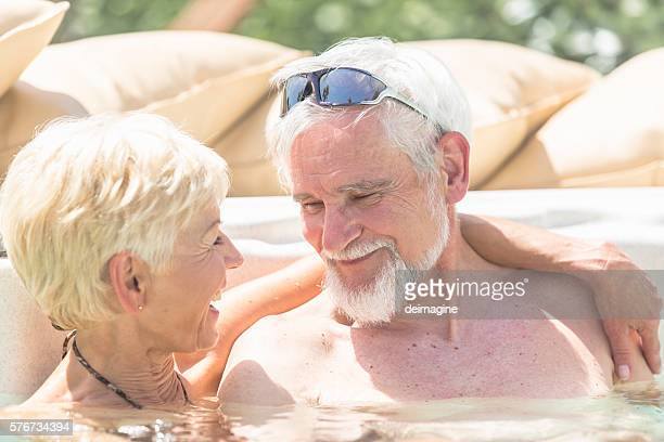 old-naked-people-in-hot-tubs