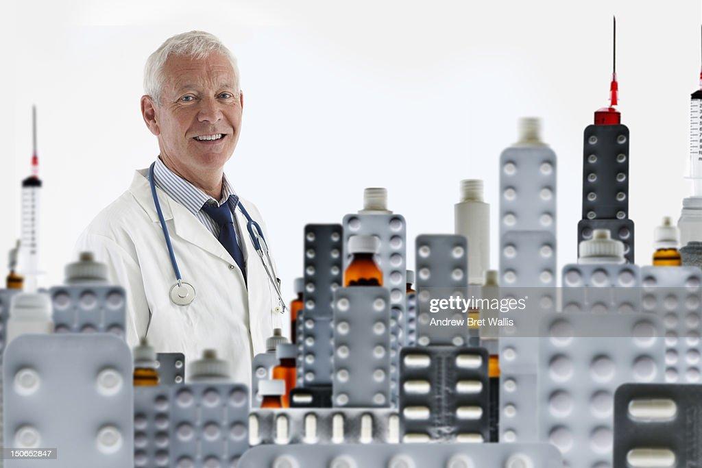 Senior doctor and cityscape of prescription pills : Bildbanksbilder