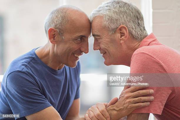 Find available gay seniors who are looking for a hook