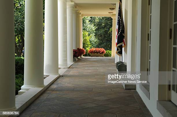 Senior government officials will brief the President on preparedness and response efforts surrounding the 2009 H1N1 flu virus in the Oval Office....