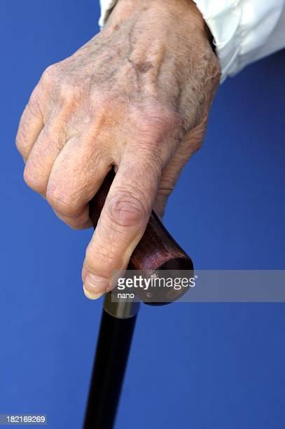 高齢者の手の籐 02