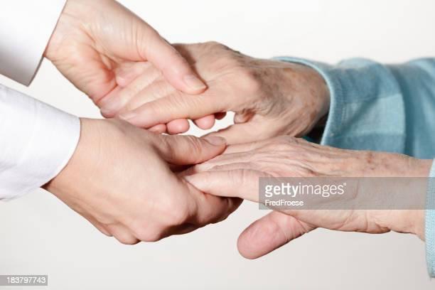 Senior de manos