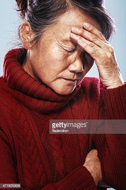 senior in Schmerzen