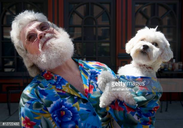 senior man with look alike dog. - americas next top dog stock pictures, royalty-free photos & images