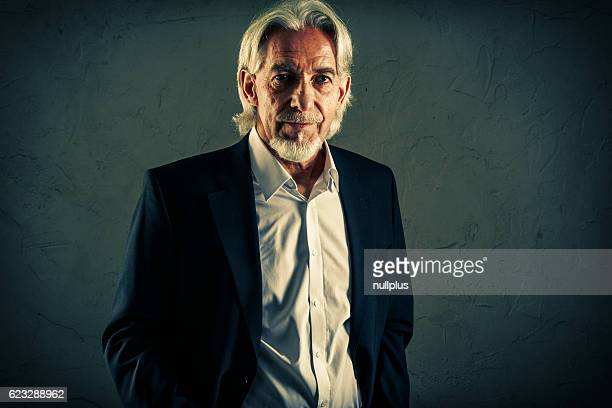 Homme Senior portrait en studio