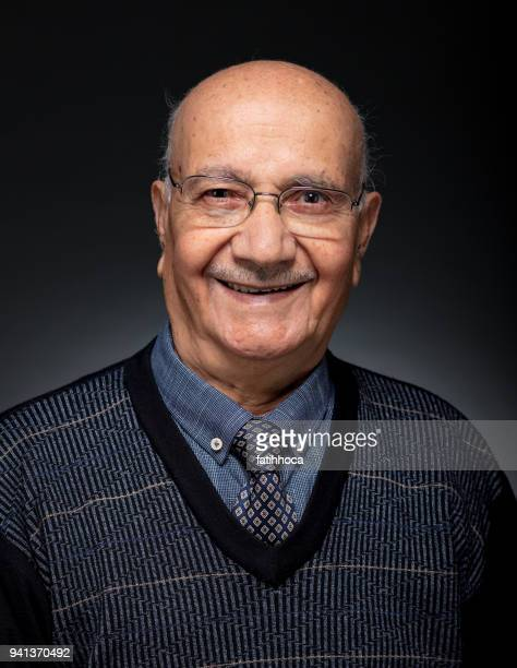 senior portrait - arab old man stock pictures, royalty-free photos & images