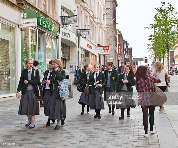 senior pupils from st aloyisius college, glasgow - glasgow scotland stock pictures, royalty-free photos & images