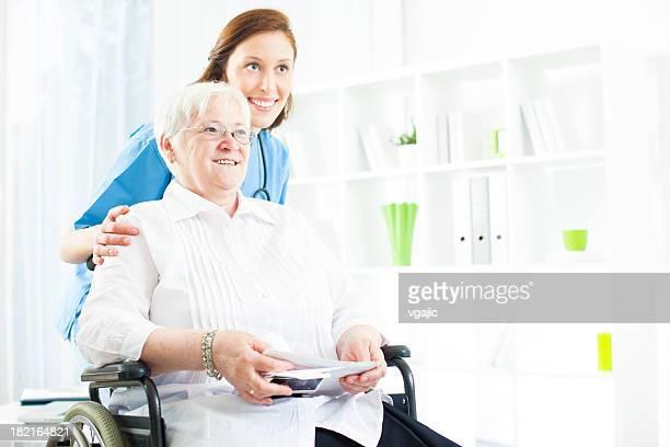 Senior Frau im Altersheim.