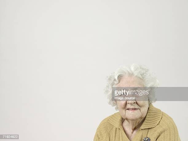 senior woman - fragility stock pictures, royalty-free photos & images