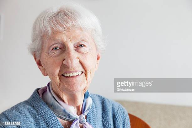 senior woman portrait - 90 plus years stock pictures, royalty-free photos & images