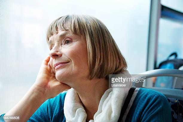 Senior Frau Reisen