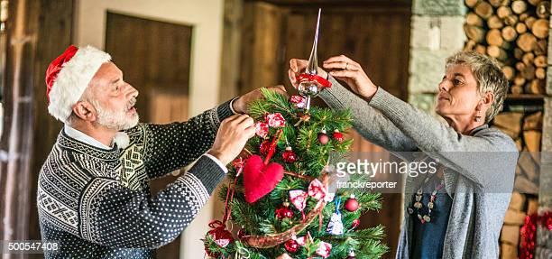 Seniors making the christmas tree