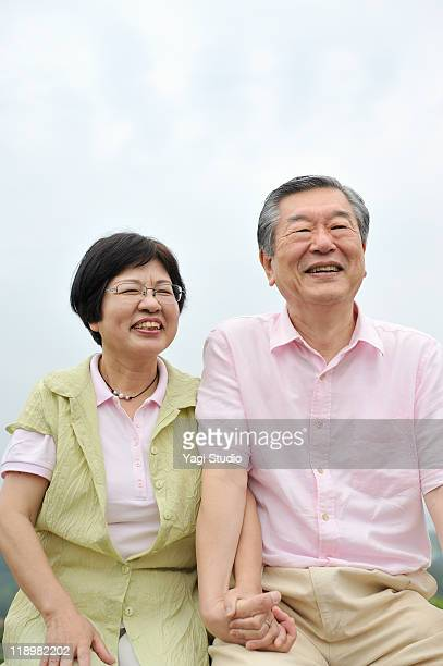 a senior's married couple,smile,japan,kyoto - newhealth stock pictures, royalty-free photos & images