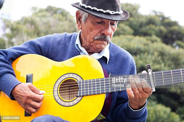Senoir street performer