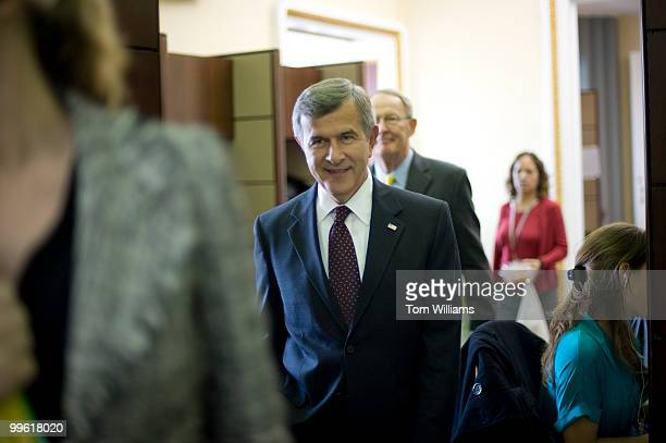 Sens Mike Johanns RNeb left and Lamar Alexander RTenn make their way to a news conference on health care reform Oct 28 2009