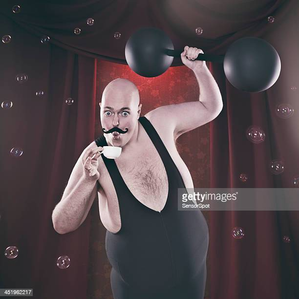 sensitive strongman - circus stock pictures, royalty-free photos & images