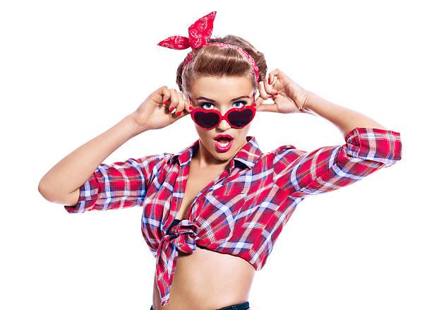 Sensuelle pin-up femme de style