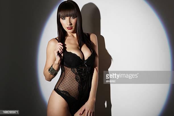 sensuale donna in lingerie - spogliarellista foto e immagini stock