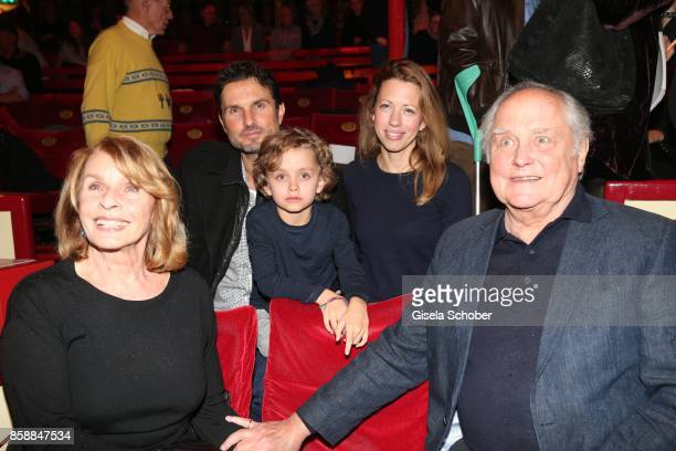 Senta Berger and her son Simon Verhoeven grandson David Verhoeven Nina and husband Michael Verhoeven during the premiere of the Circus Roncalli '40...
