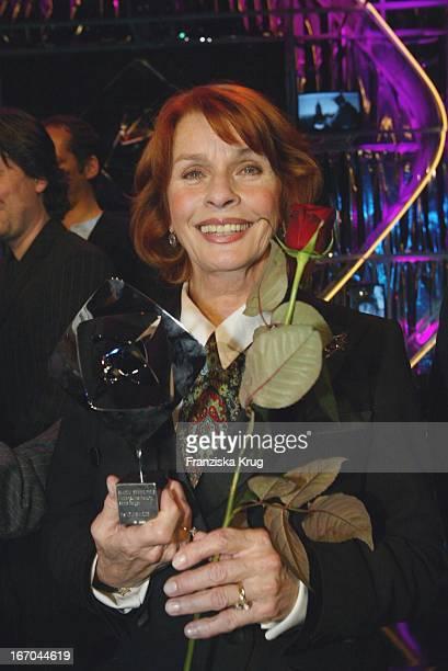 Senta Berger Bei Der Verleihung Des Adolf Grimme Preises 2003 Im Theater In Marl