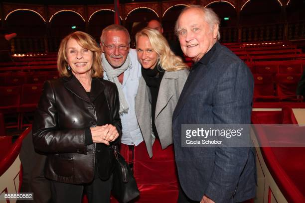 Senta Berger Konstantin Wecker and his wife Annik Wecker and Michael Verhoeven during the premiere of the Circus Roncalli '40 Jahre Reise zum...