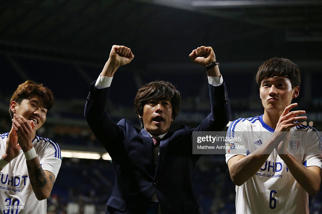 Seo Jung-won the head coach / manager of Suwon Samsung Bluewings celebrates the 1-2 victory after the AFC Champions League Group G match between Gamba Osaka and Suwon Samsung Bluewings at Suita City Football Stadium on April 19, 2016 in Osaka, Japan.