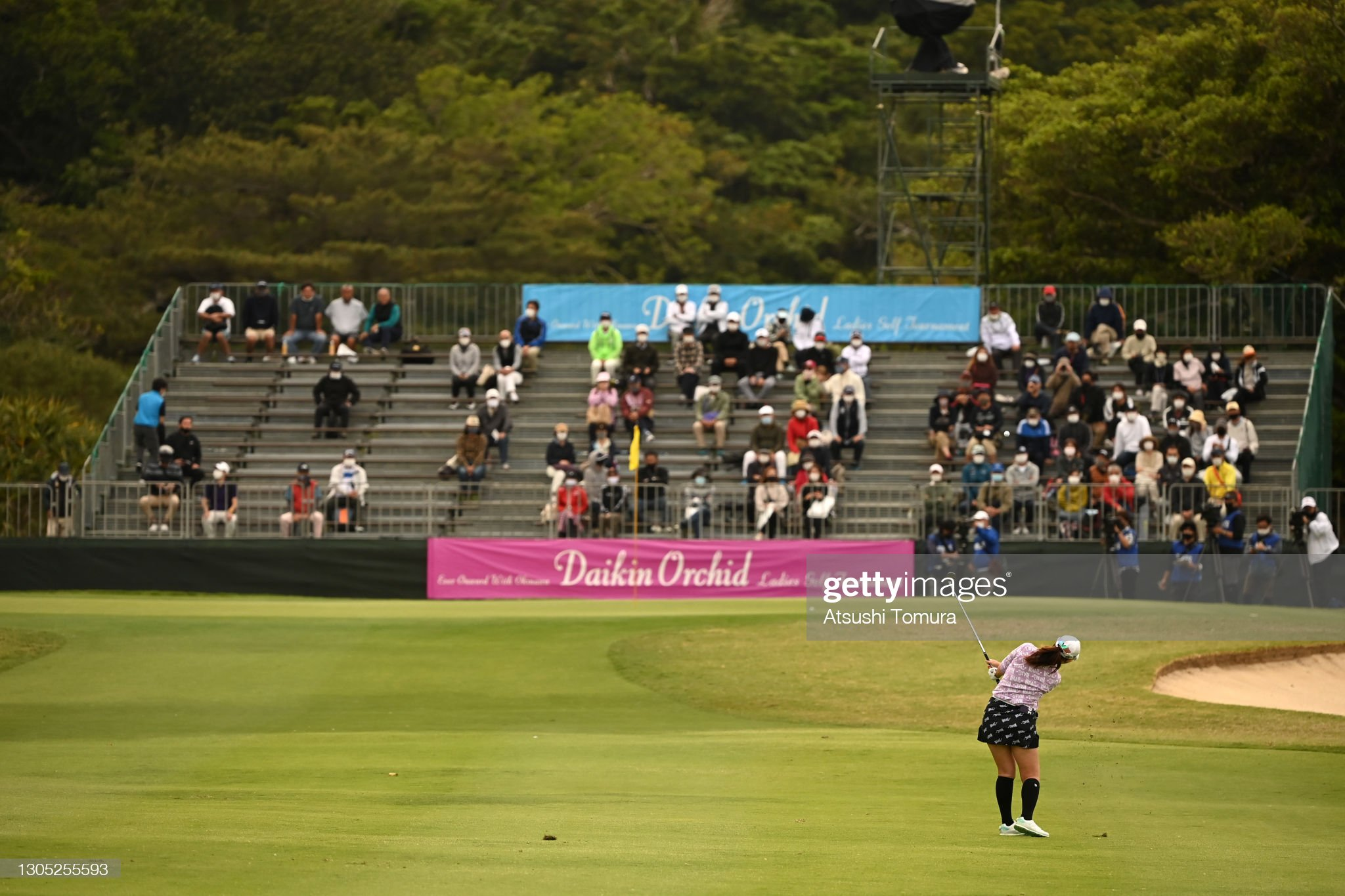 https://media.gettyimages.com/photos/seonwoo-bae-of-south-korea-hits-her-third-shot-on-the-18th-hole-the-picture-id1305255593?s=2048x2048