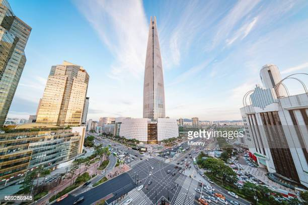 ソウル songpagu 街並み超高層ビル ロッテワールド タワー - ソウル ストックフォトと画像