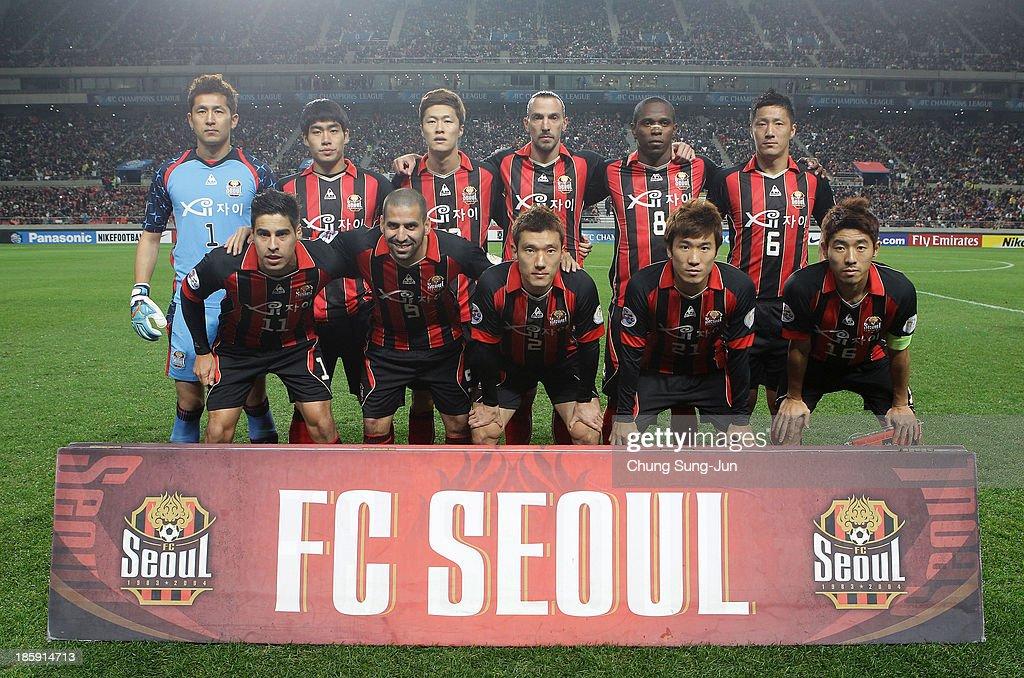 Fc seoul vs guangzhou evergrande afc champions league 2013 final fc seoul team players pose during the afc champions league final 1st leg match between fc voltagebd Images