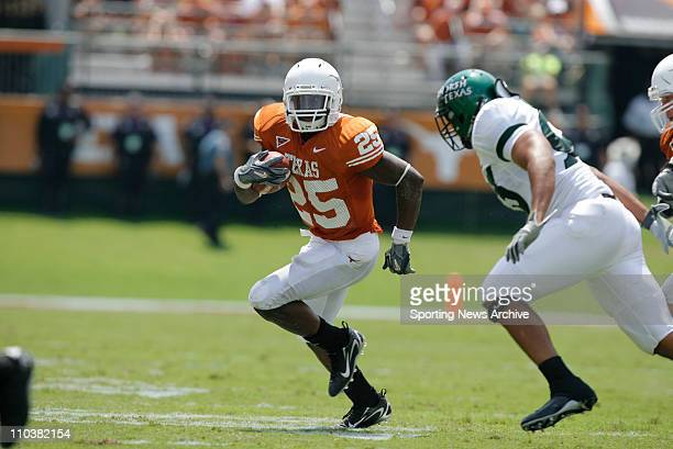 Sep 02, 2006; Austin, TX, USA; North Texas against Texas JAMAAL CHARLES at Darrell K. Royal Memorial Stadium in Austin. Texas won 56-7.