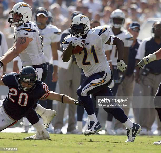 Sep 09 2007 San Diego CA USA Chicago Bears ADAM ARCHULETA against San Diego Chargers LADAINIAN TOMLINSON at Qualcomm Stadium in San Diego CA on Sept...