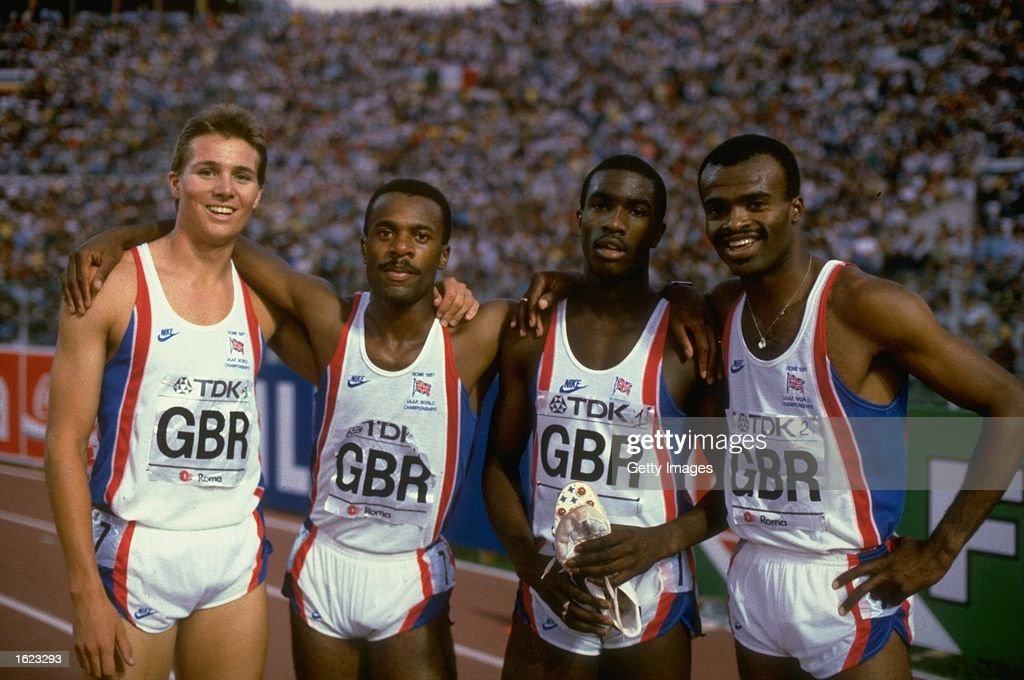 Black, Brown, Redmond, Akabusi 4 x 400 relay team : Foto jornalística