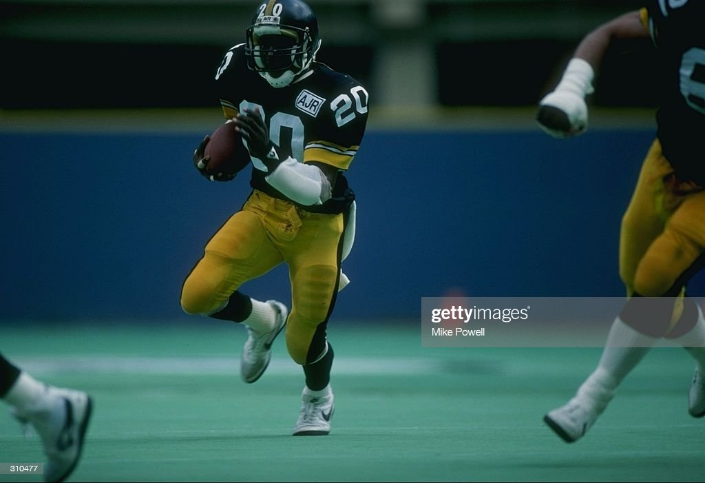 Running back Dwight Stone of the Pittsburgh Steelers in action during a game against the Dallas Cowboys at Three Rivers Stadium in Pittsburgh, Pennsylvania. The Steelers won the game 24-21. Mandatory Credit: Mike Powell /Allsport