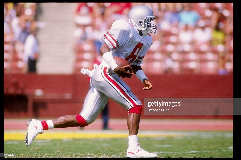 Wide receiver Bobby Olive of the Ohio State Buckeyes runs
