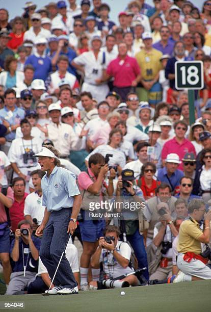 Agony for Bernhard Langer of the European team as he misses a putt to win his Final Day Singles match in the Ryder Cup at Kiawah Island in South...