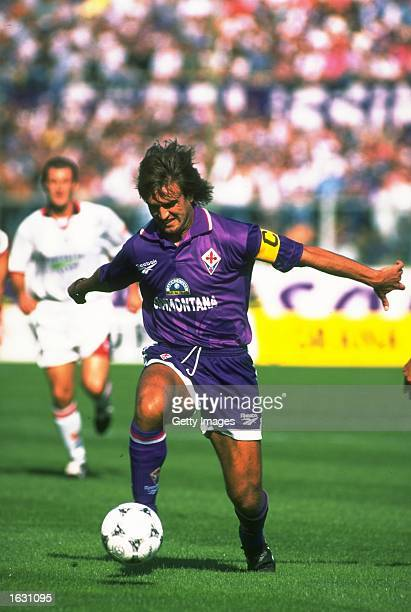 Gabriel Batistuta of Fiorentina in action during a Serie A match against Cagliari at the Artemio Franchi Stadium in Florence Italy Mandatory Credit...