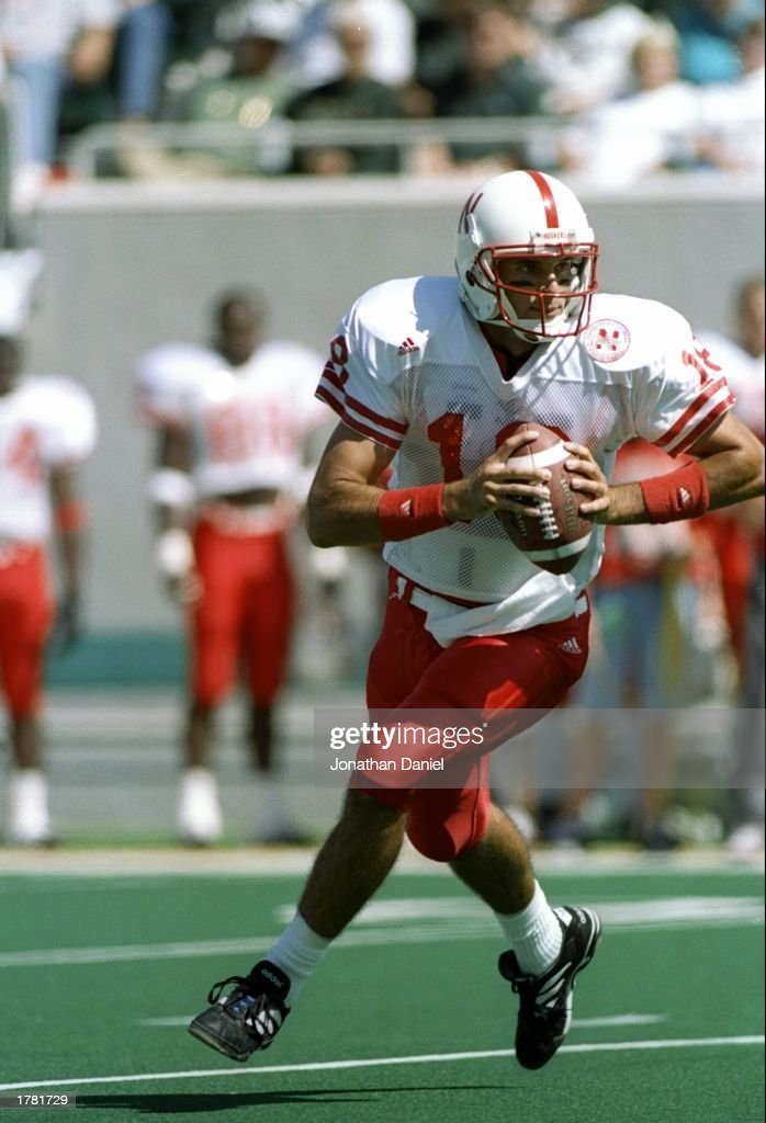 Quarterback Brook Berringer of the Nebraska Cornhuskers ...