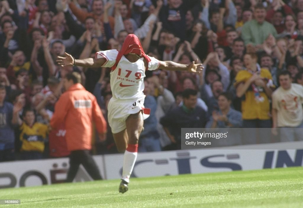 Ian Wright : News Photo