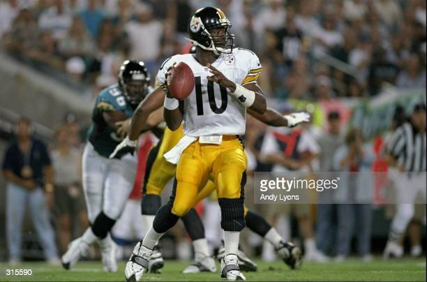 Kordell Stewart of the Pittsburgh Steelers in action during a game against the Jacksonville Jaguars at the Alltell Stadium in Jacksonville Florida...