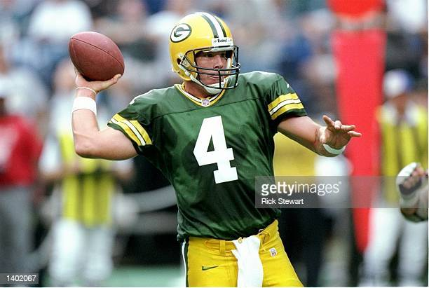 Quarterback Brett Favre of the Green Bay Packers throws from the pocket during the Packers 109 loss to the Philadelphia Eagles at Veterans Stadium in...