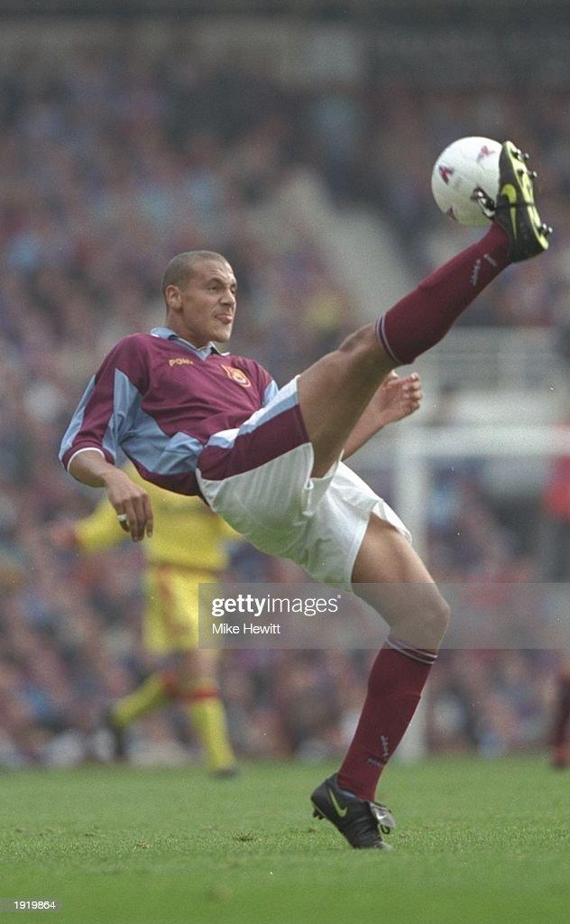 Rio Ferdinand of West Ham : News Photo