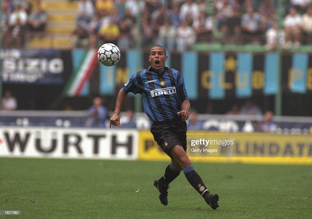 Ronaldo of Inter Milan : Fotografía de noticias