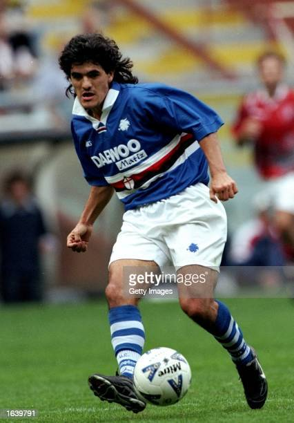 Ariel Ortega of Sampdoria in action during the Serie A game against Perugia in Genova Italy The game ended in a draw 11 Mandatory Credit Allsport UK...