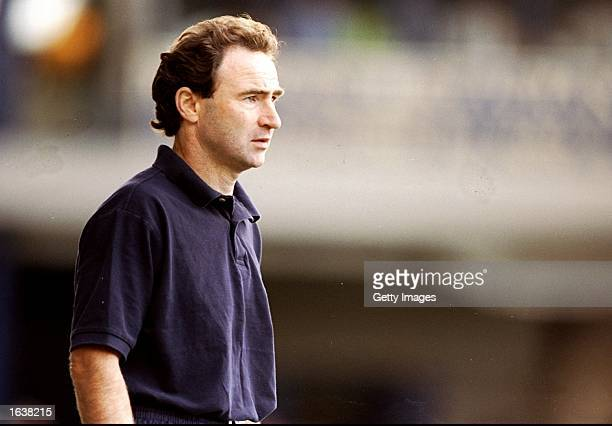 Leicester City Manager Martin O''Neill during the FA Carling Premiership game against Arsenal at Filbert Street Leicester England The game ended 11...