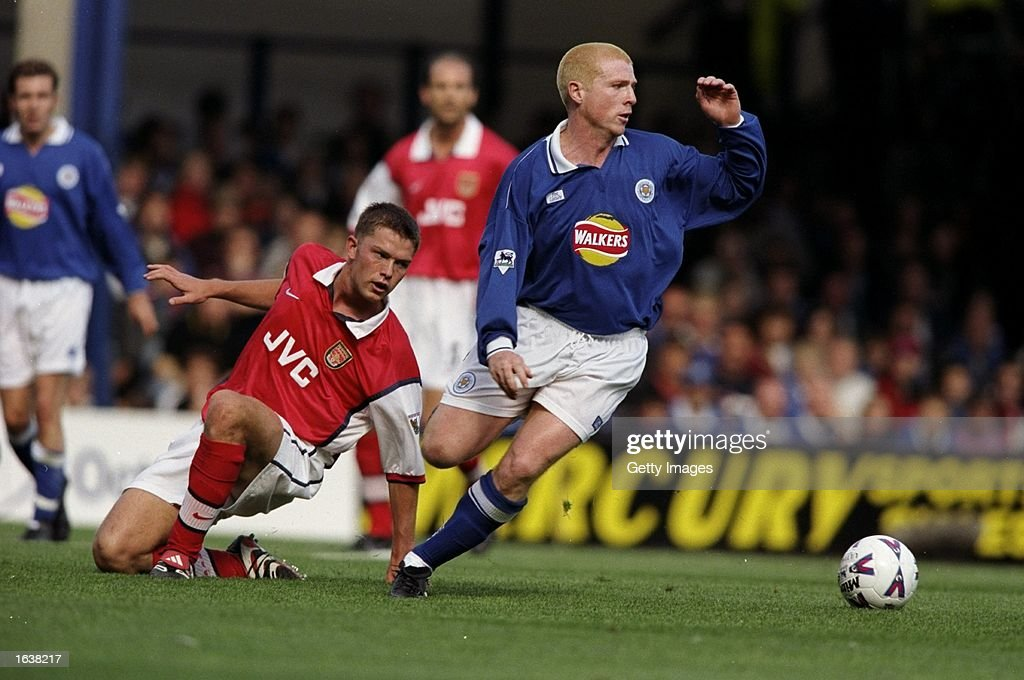 Neil Lennon of Leicester City (right) is challenged by Stephen Hughes (left) of Arsenal during the FA Carling Premiership game at Filbert Street, Leicester, England. The game ended 1-1. \ Mandatory Credit: Allsport UK /Allsport